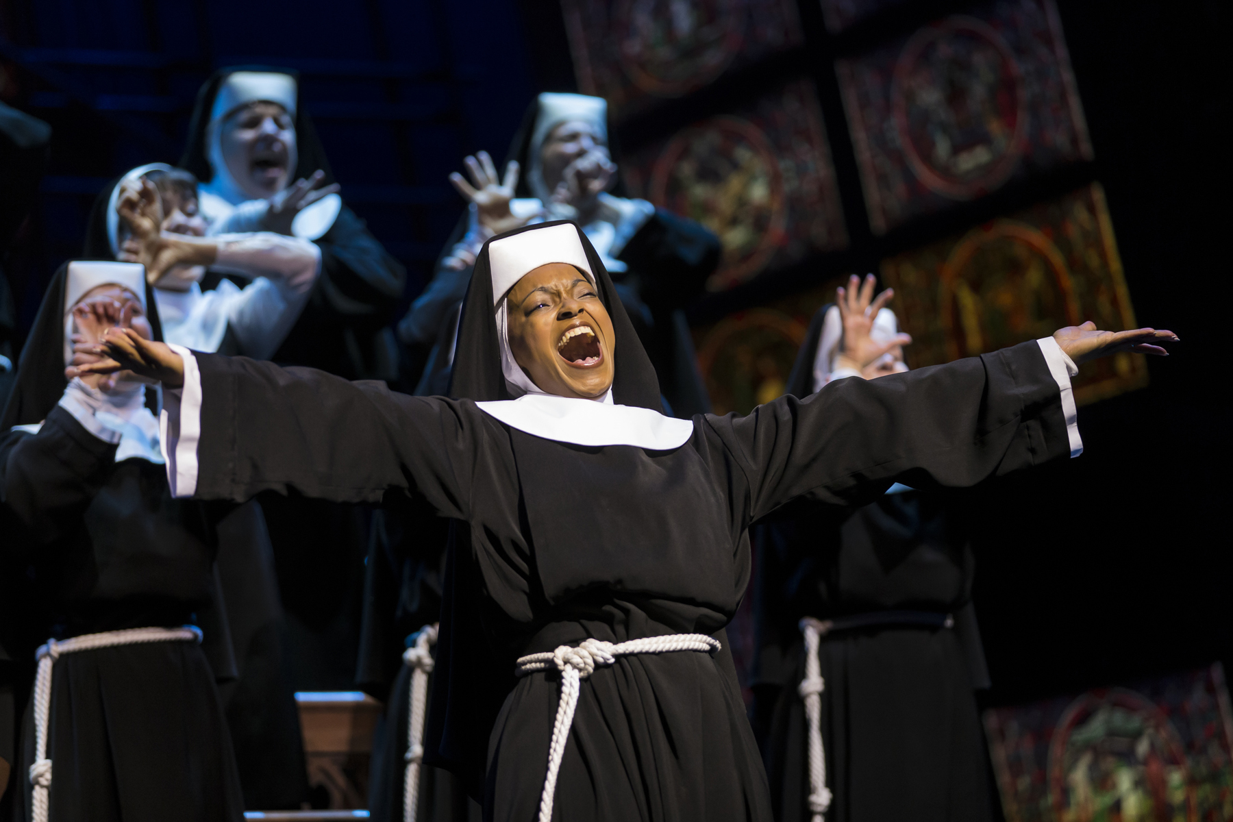 Szenenmotiv SISTER ACT - Musical von Stage Entertainment